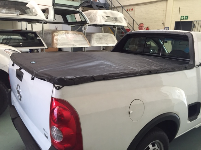 ELASTICATED-ROPE-TONNEAU-COVER