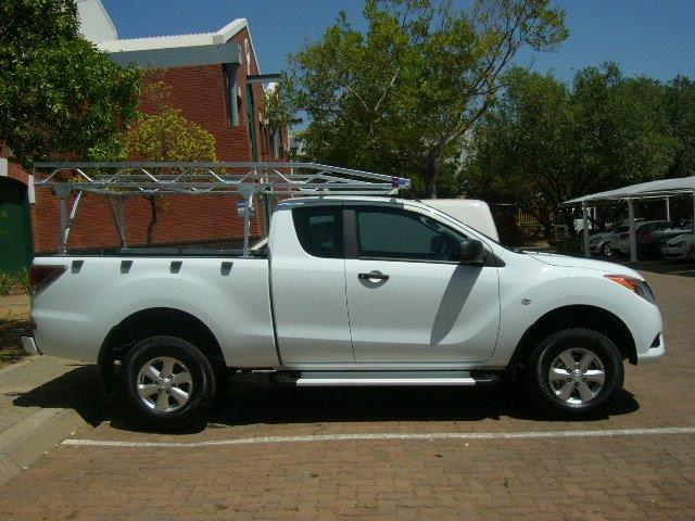MAZDA BT50 WITH BAKKIE RACK