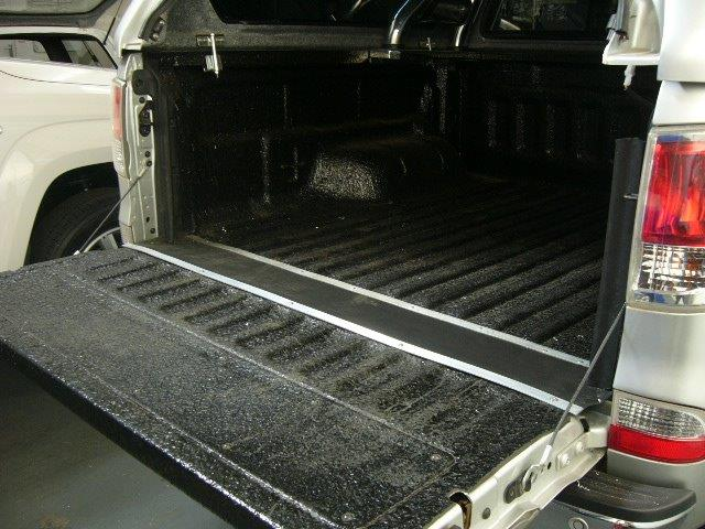 Tailgate Dust Seal Kit